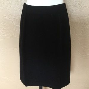 St. John Santana Knit Black Pencil Skirt 4 EUC